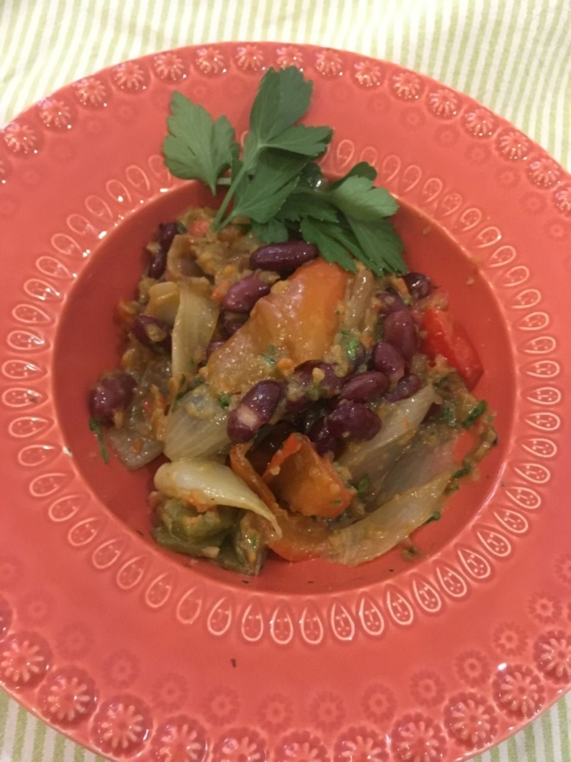 Fagioli Kidney in insalata e crema dipeperoni